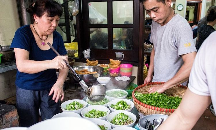 Pho - The First Must-Eat Dish of Vietnam