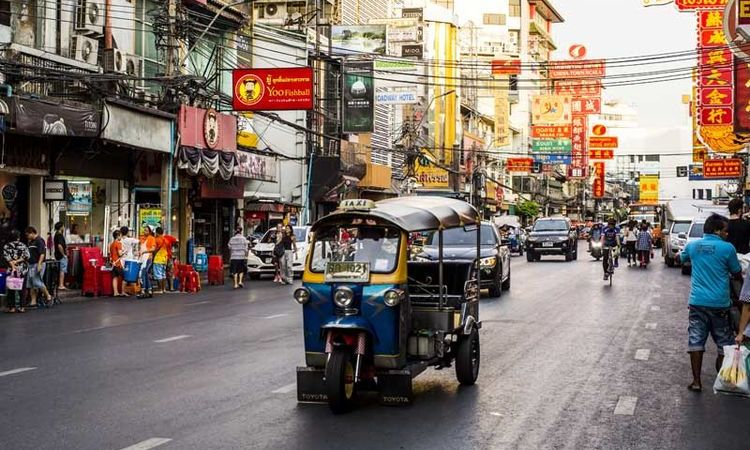 A Friday night-out like a Bangkokian