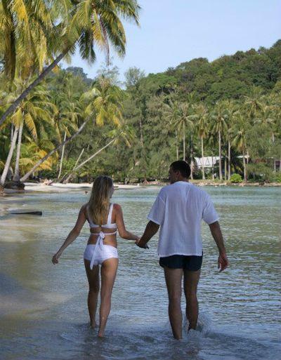 Paradise Untouched – Thailand Honeymoon
