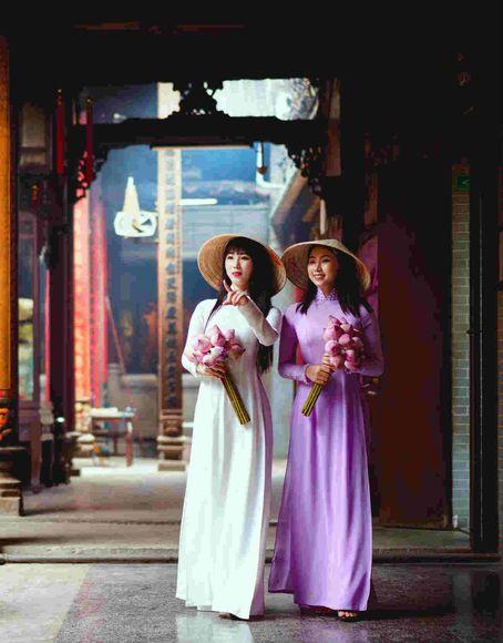 An Asian Touch: Fashion & Art