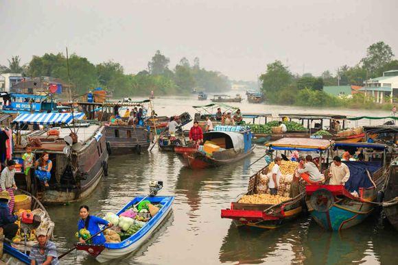 Shopping at floating market