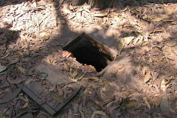 Get to know more about Vietnam war in Cu Chi Tunnels