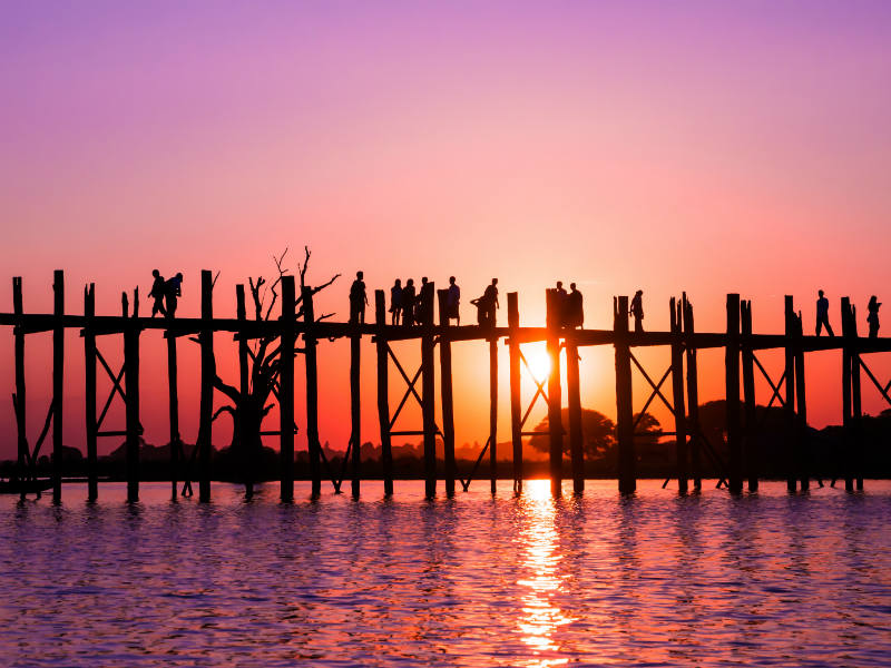 Gorgeous sunset on U-Bein bridge