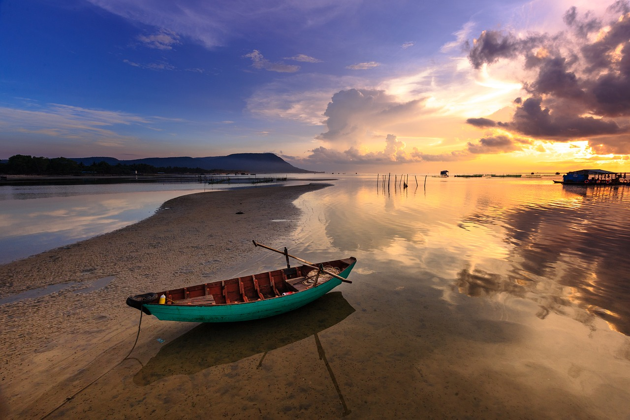 Phu_Quoc_island_sunset_sunrise