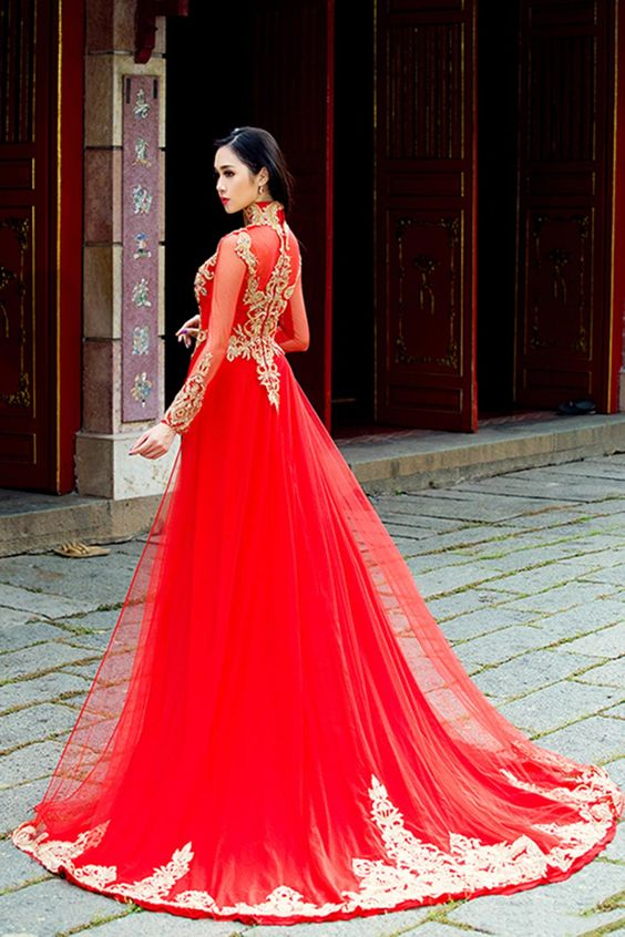 traditional-ao-dai-wedding-dress-3