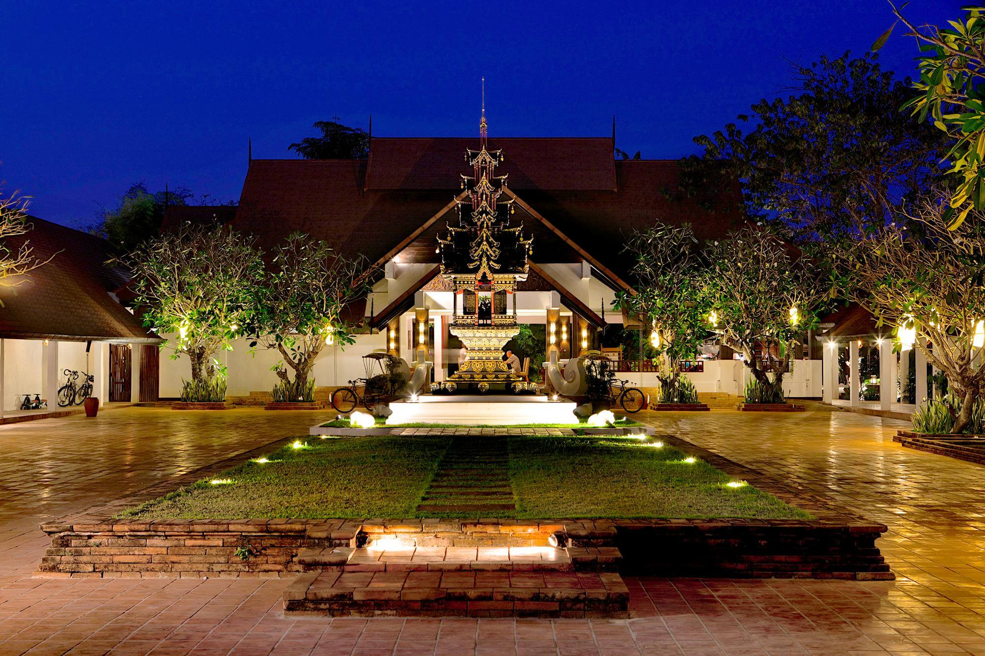 The Legend - Chiang Rai Hotel