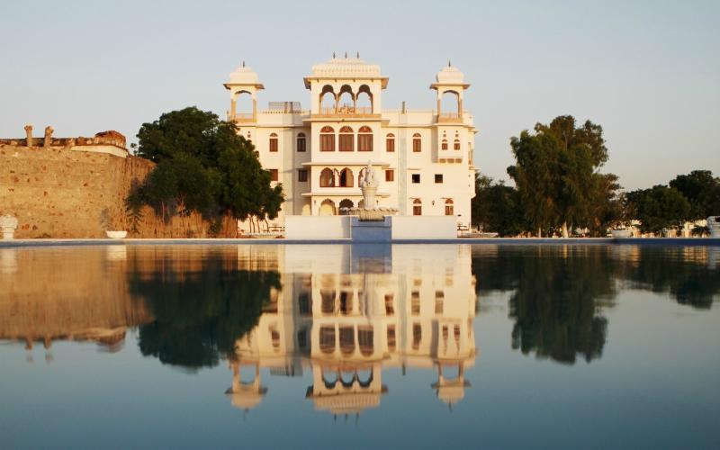 Talabgaon Castle - India