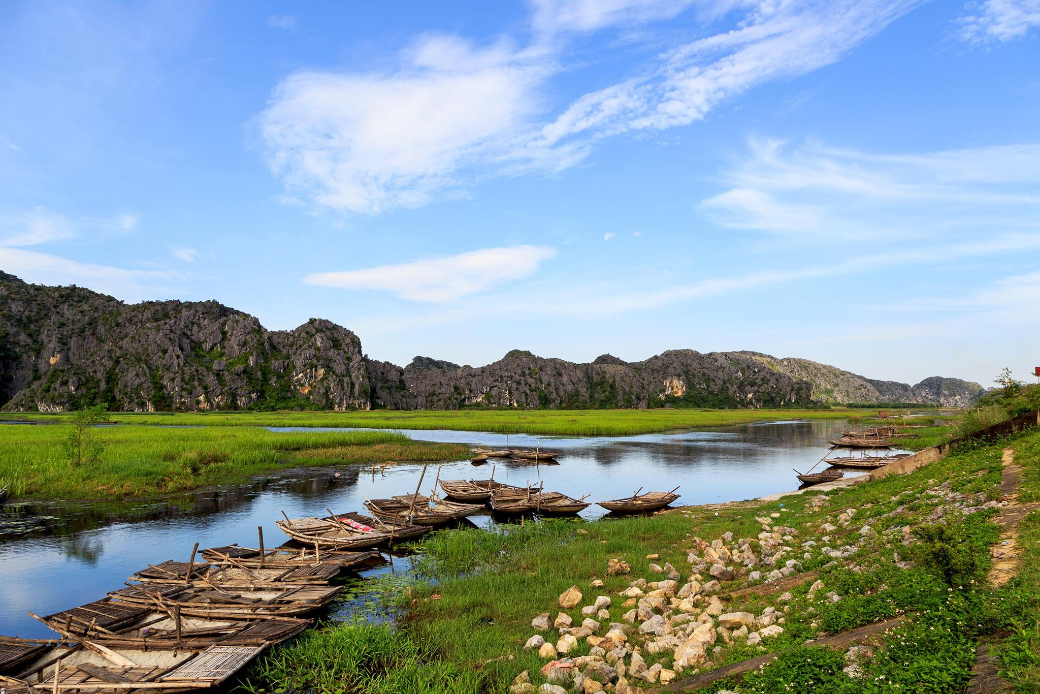 … and your eyes are satisfied with peaceful scenery of the rural northern Vietnam