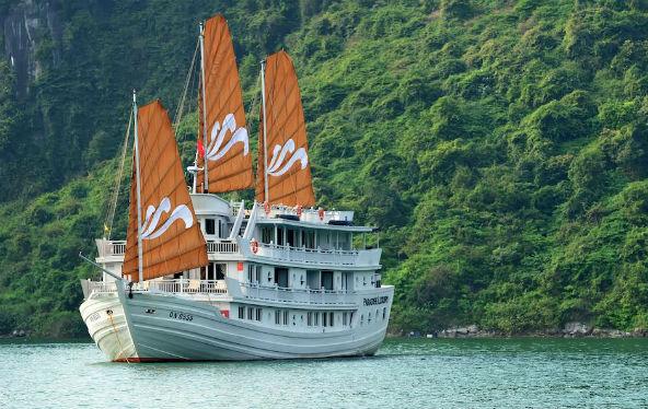 Paradise Luxury Cruise