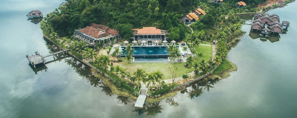 Vedana Lagoon Resorts and Spa lies between Hue and Hoi An. This 27 hectares resort has 55 luxury villas and bungalows with their own private sundecks and balconies lead to the green garden.