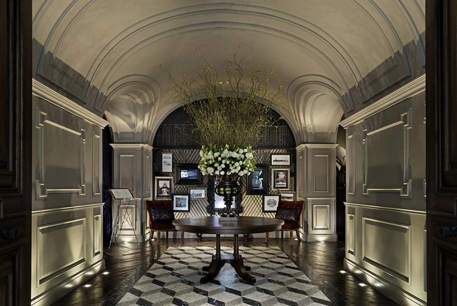 Luxurious lobby entrance