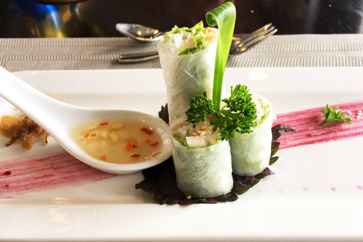 Spring rolls for lunch. You will never get hungry on the La Regina