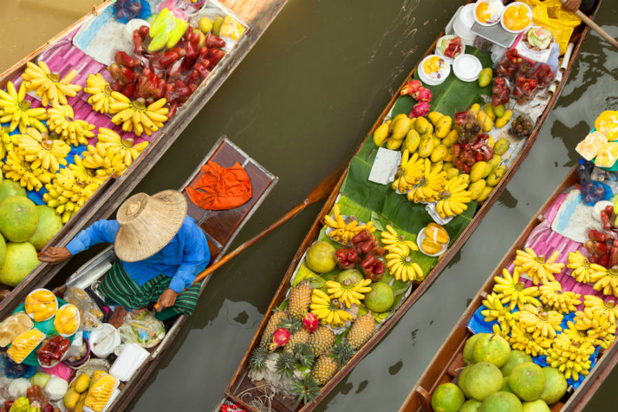 Vivid Floating markets for local experiences