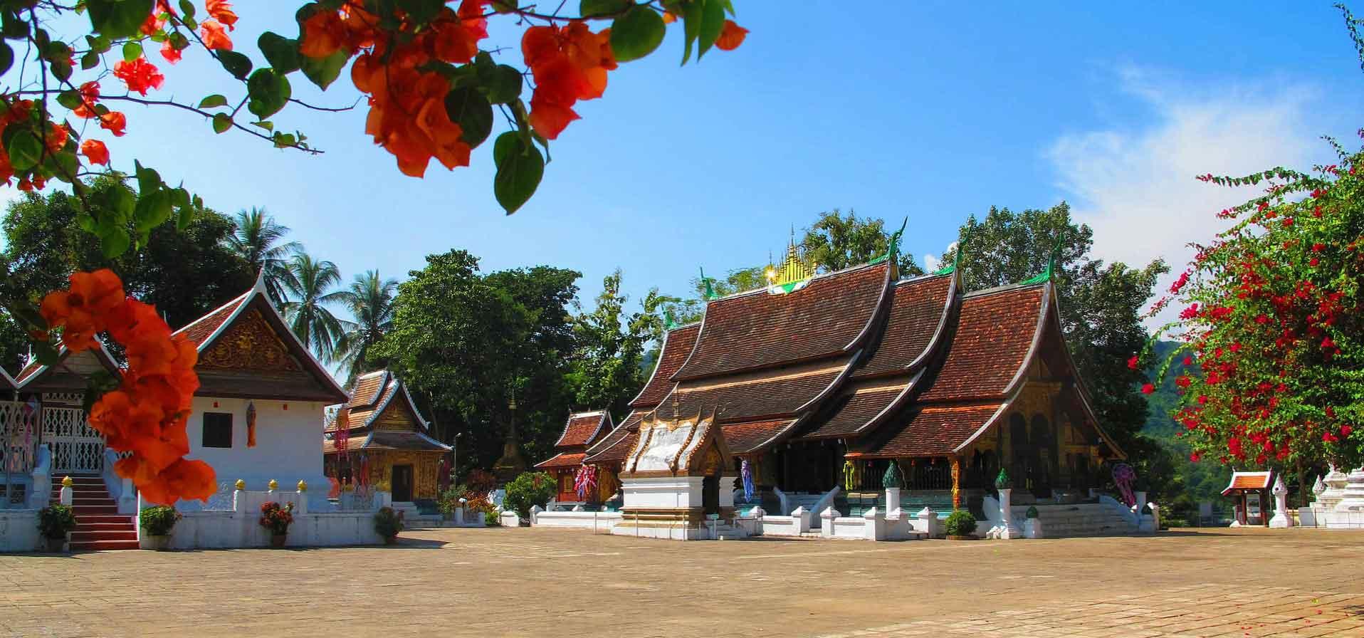 Luang Prabang, Les Alentours Et Incontournables